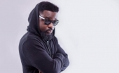 Fans Attack Sarkodie For Promoting Nigerian Music