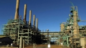 Libya oil output cut by half due to fierce fighting