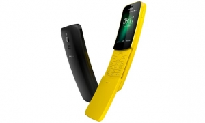 Reloaded: Nokia brings back the 8110 'Matrix' banana phone